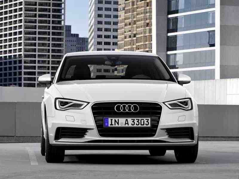 Audi A3 8Vседан 1.8 TFSI S tronic Attraction 2013–н. в.