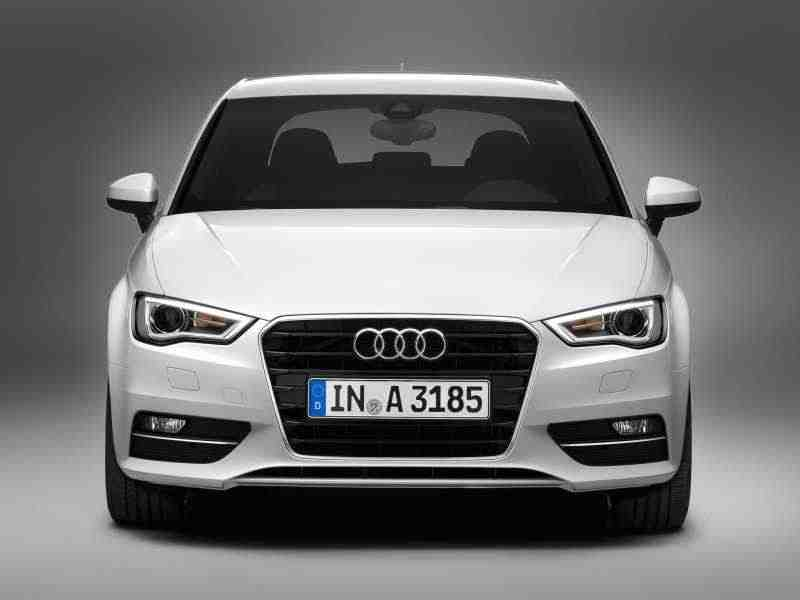 Audi A3 8Vхетчбэк 1.4 TFSI S tronic Attraction 2012–н. в.