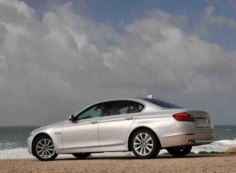 BMW 5 серия F10/F11седан 520d EfficientDynamics Edition MT 2011–н. в.