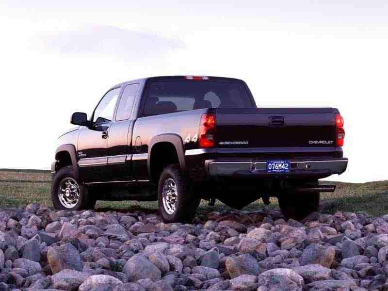 Chevrolet Silverado GMT800 [рестайлинг] Extended Cab пикап 4-дв. 4.8 4AT 1500 Fleetside 2003–2004