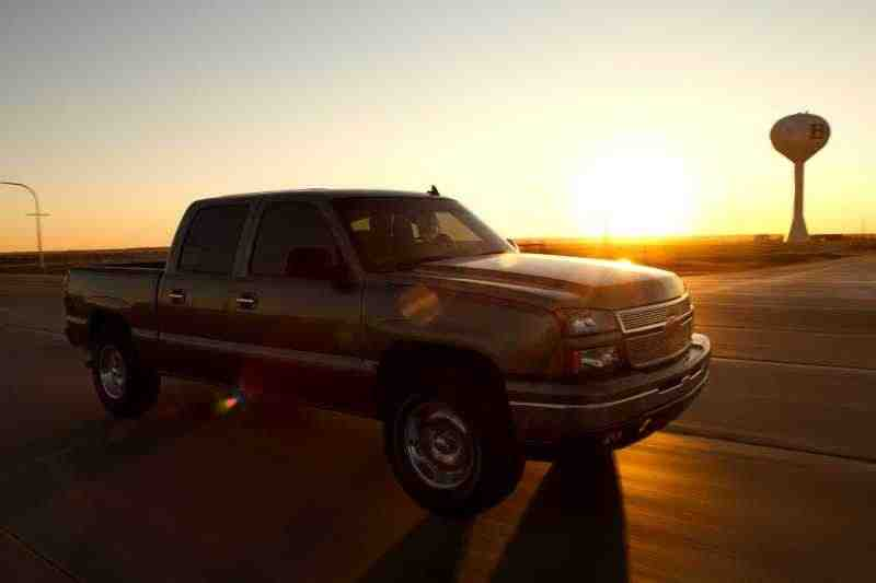 Chevrolet Silverado GMT800 [рестайлинг] Crew Cab пикап 4-дв. 6.6 TD 4AT 4WD 2500HD 2005–2006