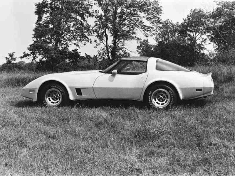 Chevrolet Corvette C3 [4-й рестайлинг] тарга 5.7 Turbo Hydra-Matic 1980–1982