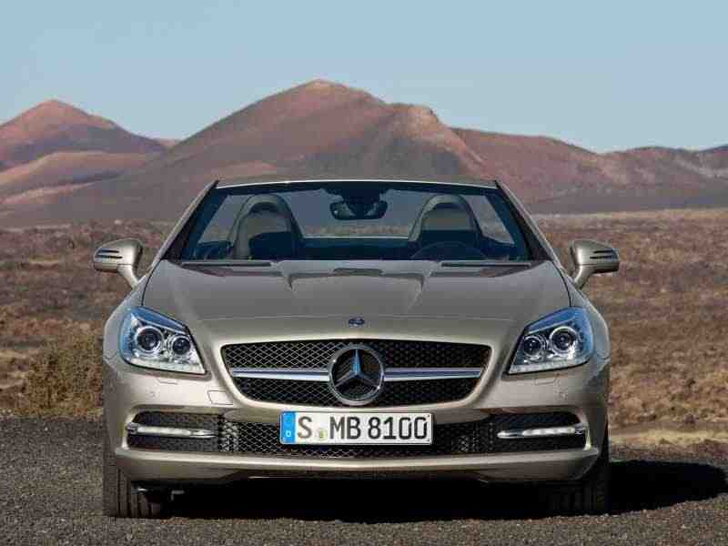 Mercedes-Benz SLK-Класс R172родстер 2-дв. SLK 250 BlueEfficiency 7G-Tronic Plus Особая серия 2011–н. в.
