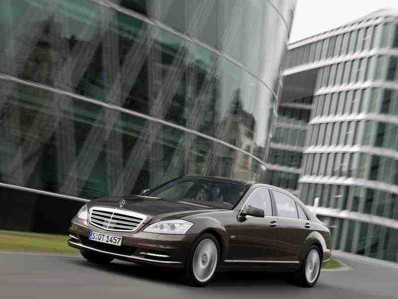 Mercedes-Benz S-Класс W221 [рестайлинг] седан 4-дв. S 500 BlueEfficiency AT Базовая 2011–2013