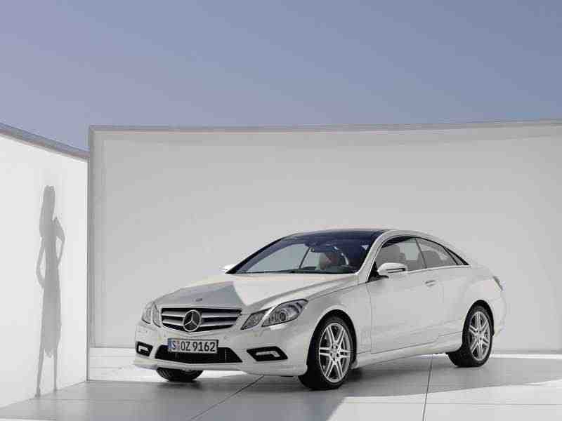 Mercedes-Benz E-Класс W212/S212/C207/A207купе E 200 CGI BlueEfficiency AT Особая серия 2010–2013