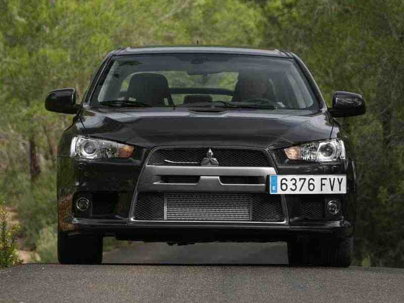 Mitsubishi Lancer 7 поколение Evolution седан 4-дв. 2.0 MT AWD Turbo Intense 2008–2013
