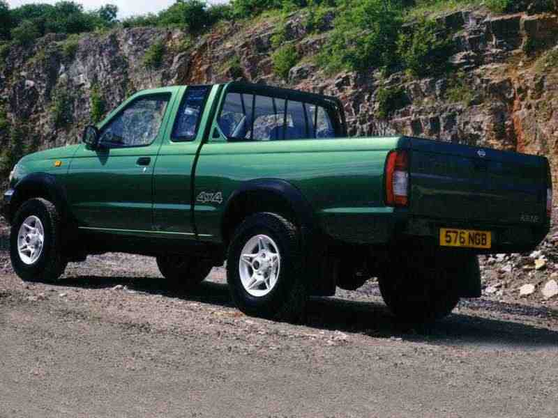 Nissan Pick UP D22King Cab пикап 2-дв. 2.5 D AWD MT 1997–2001