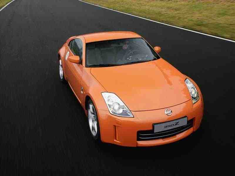 Nissan 350Z Z33купе 2-дв. 3.5 MT 35th Anniversary Edition 2005–2005