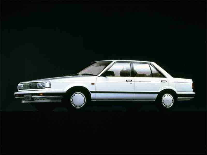 Nissan Sunny B12седан 1.6 4WD AT 1986–1990