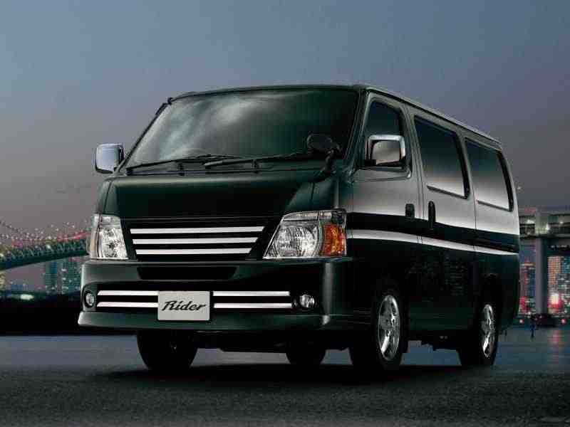 Nissan Caravan E25 [рестайлинг] Микроавтобус 3.0 MT TDI Long 2005–2012