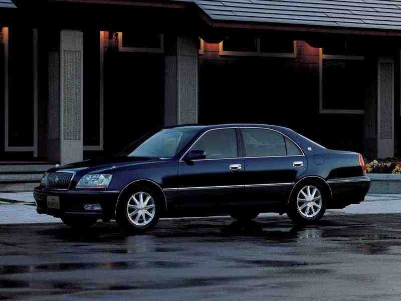Toyota Crown Majesta S170хардтоп 4.0 AT 4WD 1999–2004