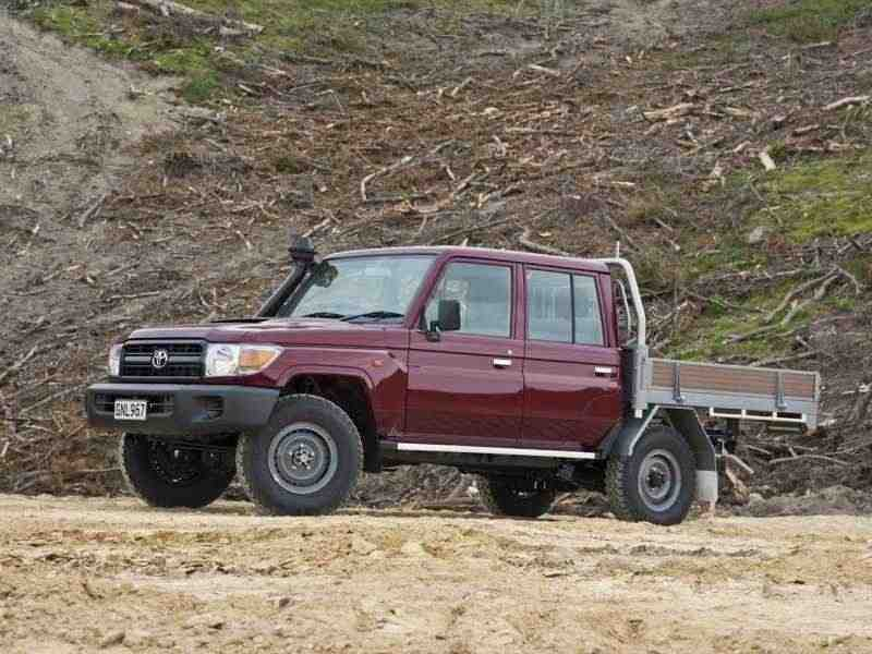 Toyota Land Cruiser J70 [3-й рестайлинг] J79 шасси 4-дв. 4.5 TD MT 2012–н. в.