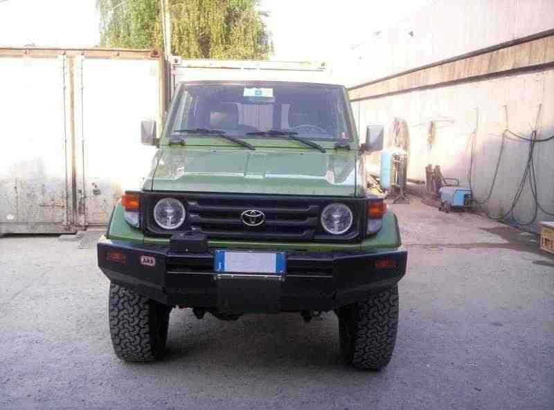 Toyota Land Cruiser J70 [2-й рестайлинг] J74V внедорожник 3-дв. 4.2 D AT 2001–2004