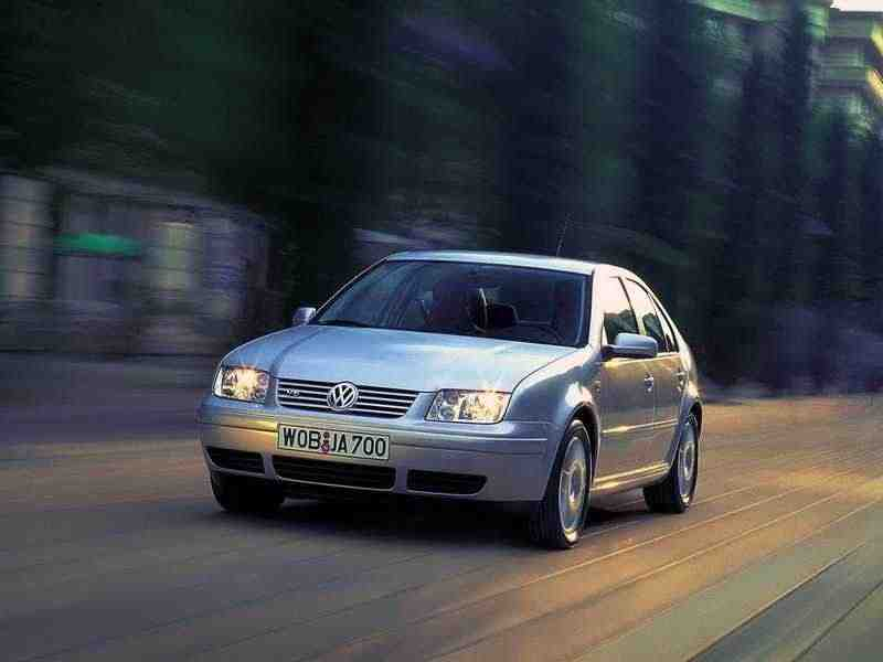 Volkswagen Bora 1 поколение седан 1.8 5V Turbo MT 2000–2004