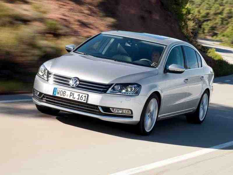 Volkswagen Passat B7седан 2.0 TDI DSG Highline 2010–н. в.